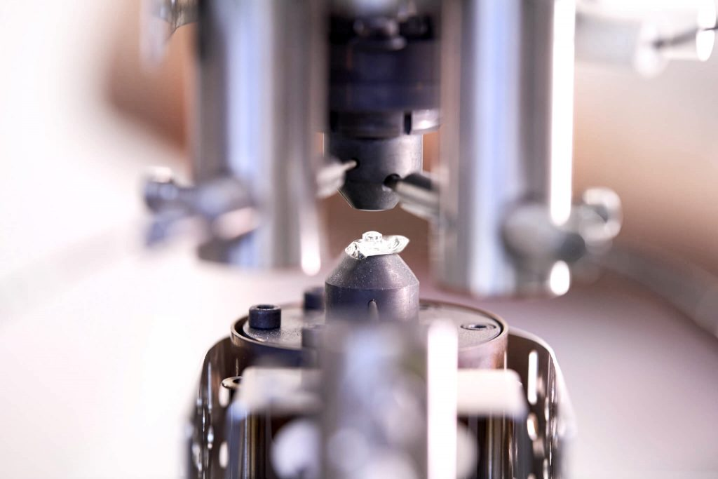 gdoptics-mikrolinsen-stabpressverfahren-funktionstechnik